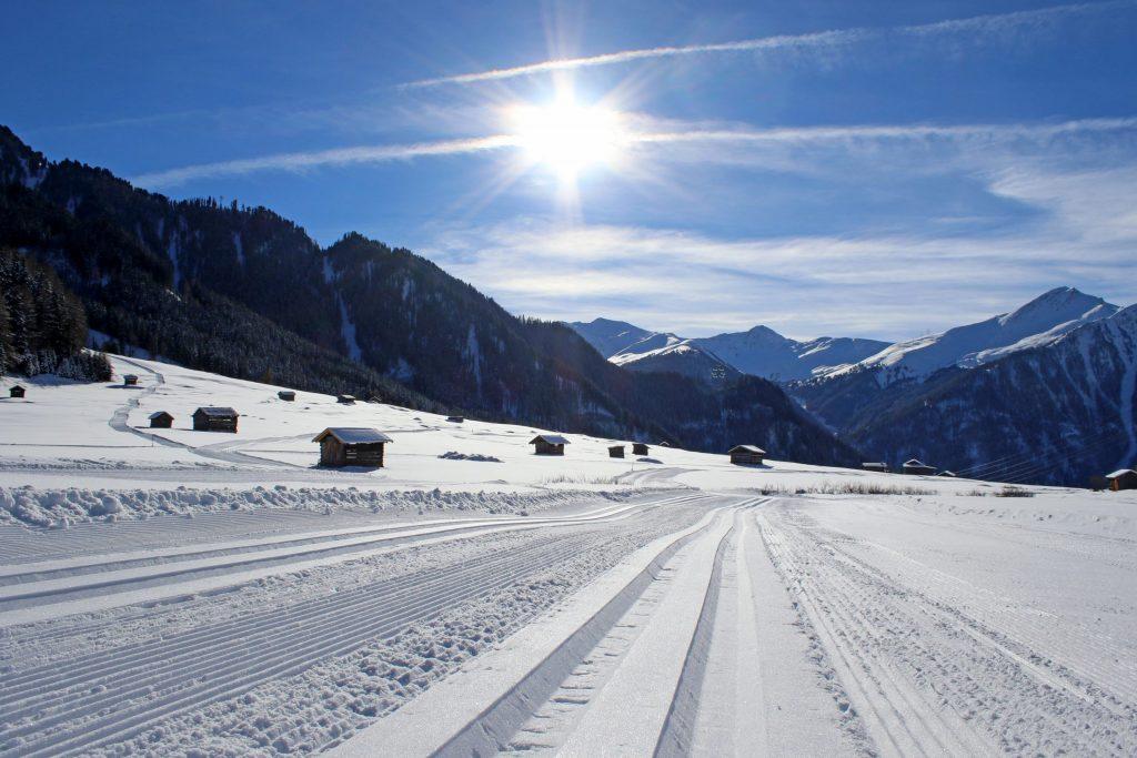 L'Oberland tirolese offre una varietà di sport invernali lontano dalle piste. (c)TVB Tiroler Oberland/Kurt Kirschner