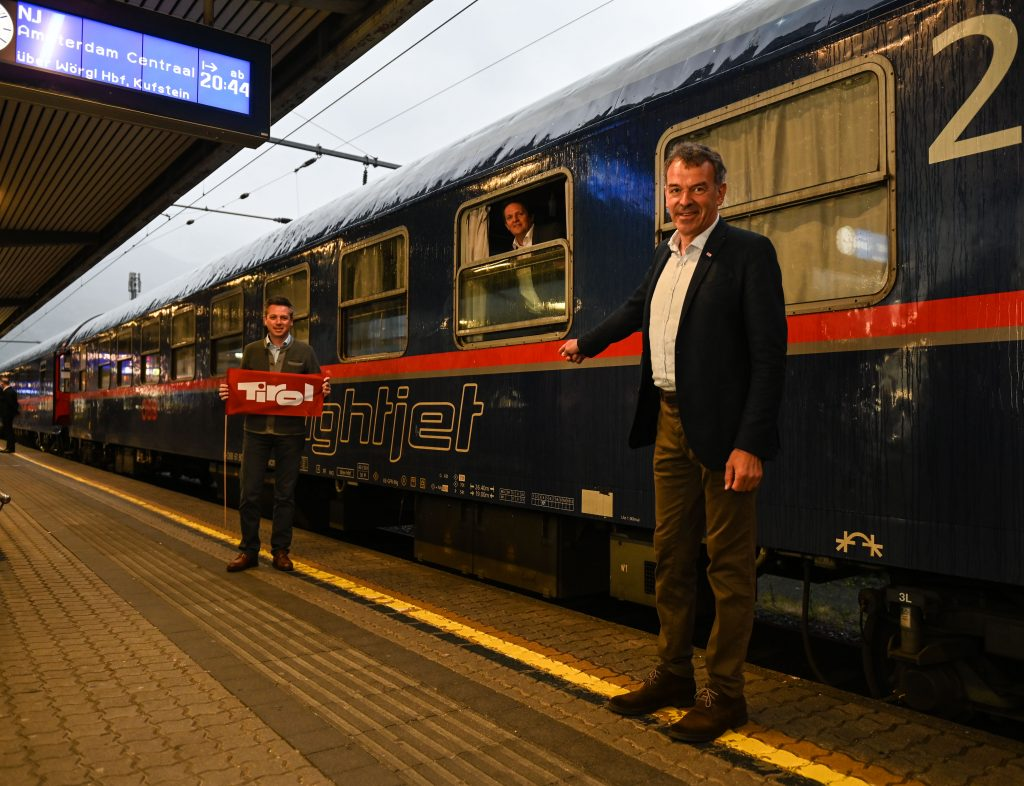 Tirol Werbung-Geschäftsführer Florian Phleps (l.) und Innsbrucks Bürgermeister Georg Willi.